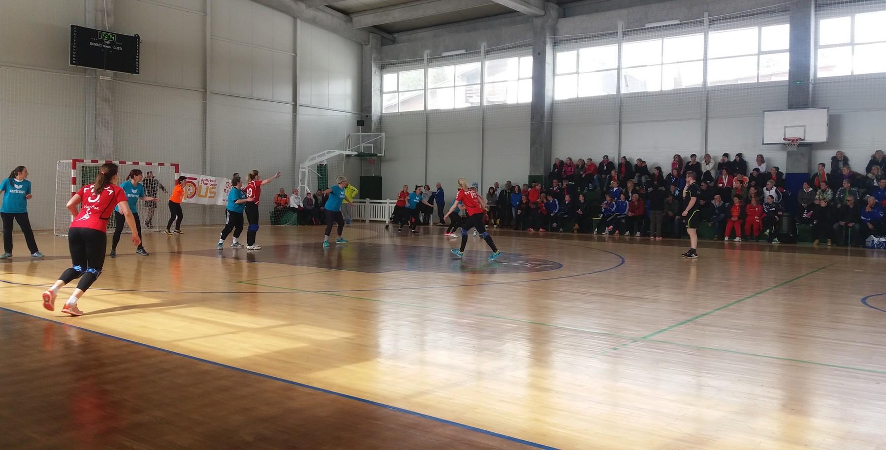 Rukometni turnir na Vlašiću okupio 450 veteranki i veterana iz pet zemalja