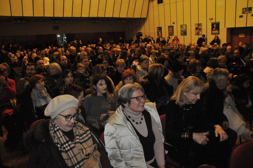 """Koncert """"Božić u Travniku"""" oduševio brojne posjetioce"""