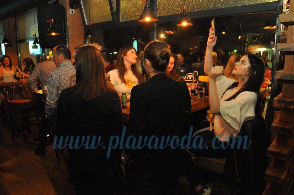 """NOVO: Večeras u Travniku otvoren """"My Place"""""""
