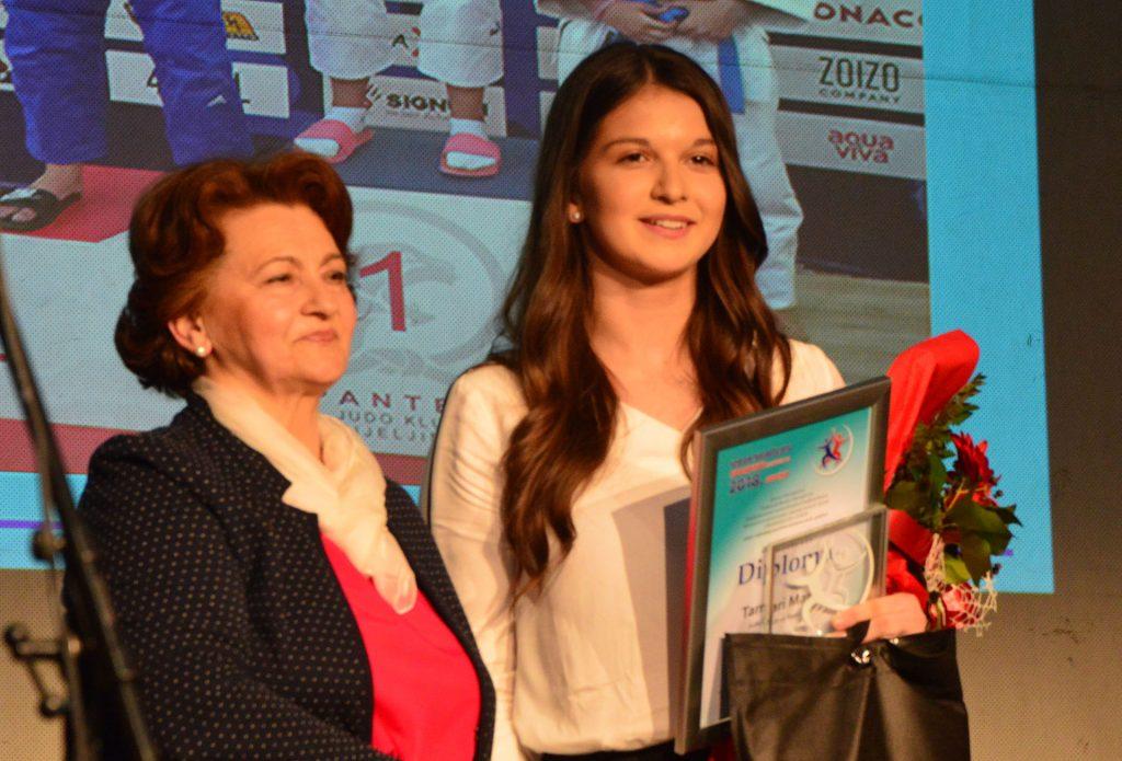 Tamara Maros iz Viteza i Karlo Šimčić iz Novog Travnika  najuspješniji su sportisti SBK za 2018. godinu