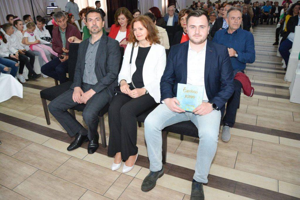 """Hrvatsko proljeće u Busovači predstavilo knjigu za djecu """"Čarobno jezero"""""""