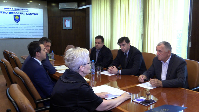 Potpisan predugovor o projektu Plava voda između Vlade ZDK i JP Plava voda Travnik