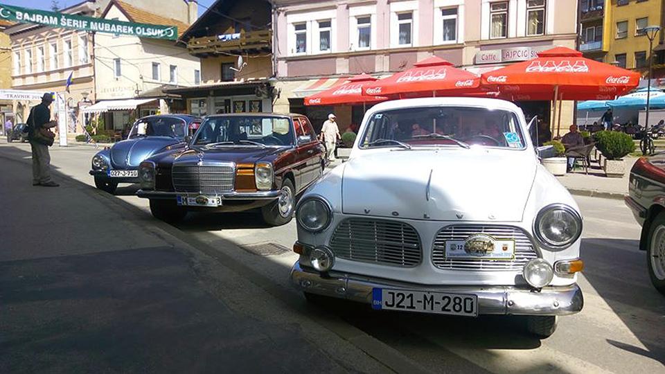 Oldtimeri iz regije tokom vikenda u Travniku i Novom Travniku