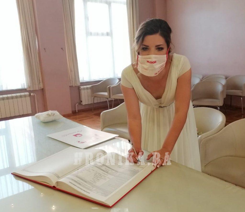 Vjenčanje pod maskama u Bihaću