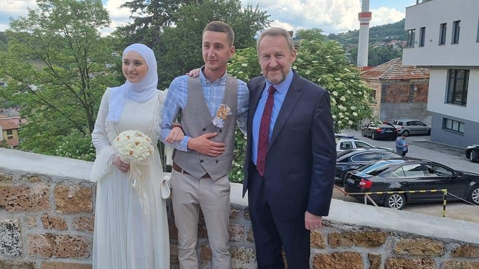 Predsjednik SDA Bakir Izetbegović posjetio Srednjobosanski kanton i Općinu Travnik