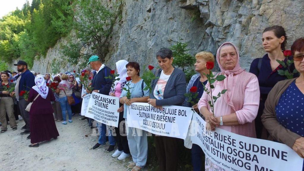 Korićanske stijene: Obilježena godišnjica jednog od najstrašnijih ratnih zločina